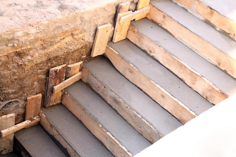 Заливка бетонных ступеней своими руками