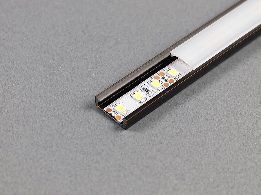 Нагрев светодиодных лент в пластиковом профиле