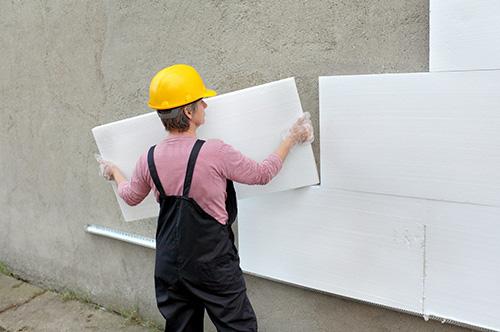 Утепление стен производится с наружной стороны