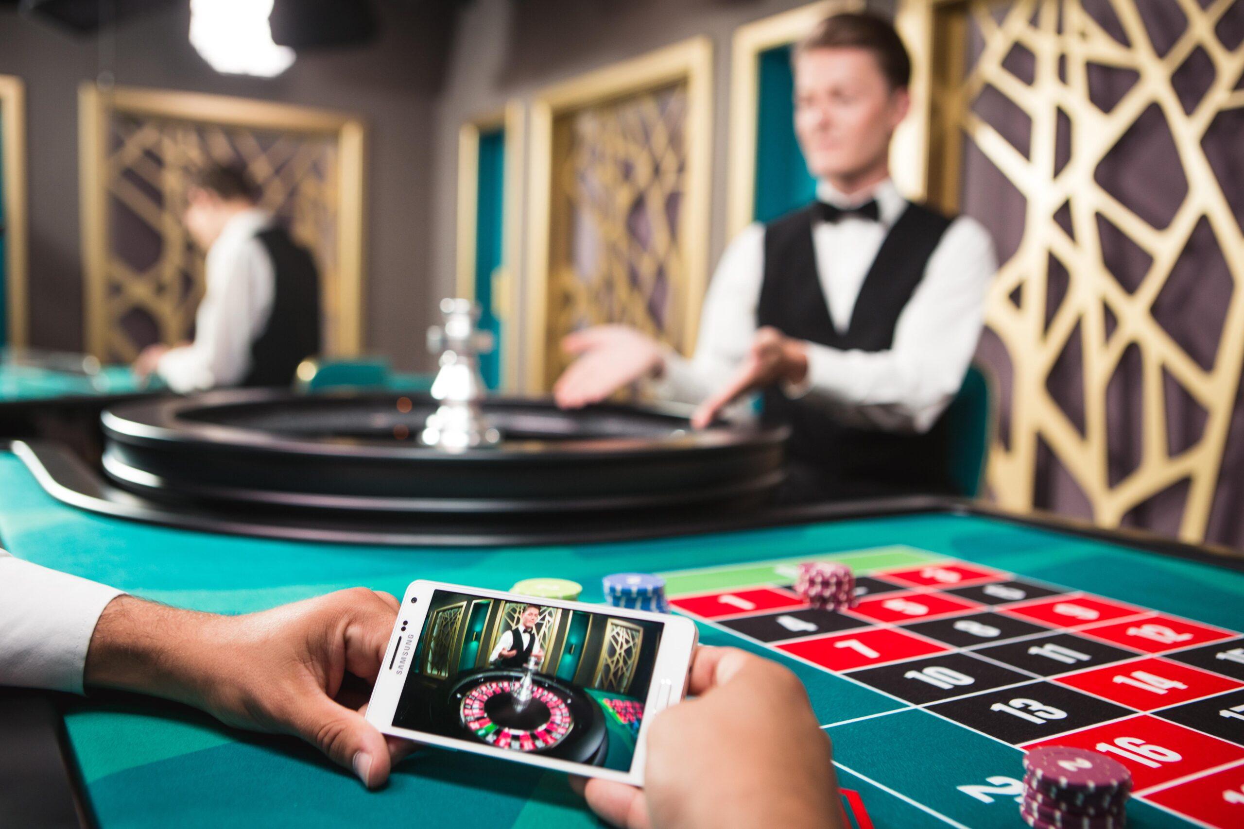 В чем преимущества игры в онлайн-казино?